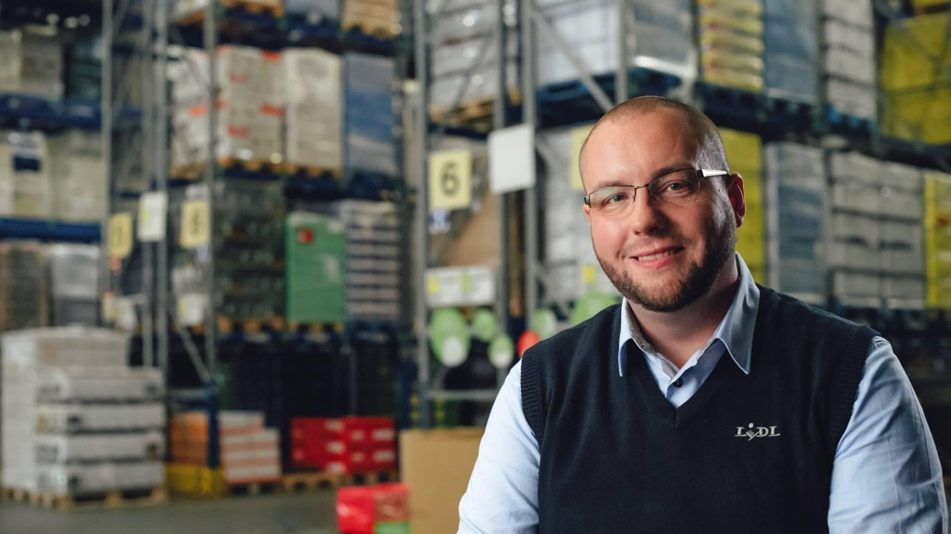 Rafael, Teamleiter Logistik im Zentrallager bei Lidl